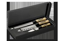 Set de 3 couteaux de style japonais dans un coffret en carton noir Image